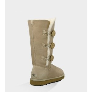 UGG Bailey Button Triplet Sand