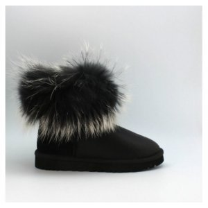 UGG Fox Fur Black Edition