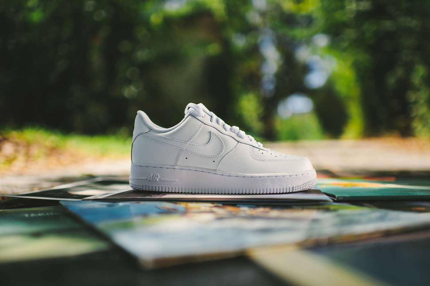 http://shoesbrend.ru/images/upload/Air_Force_1_Low_White-White_9_1400x.jpg