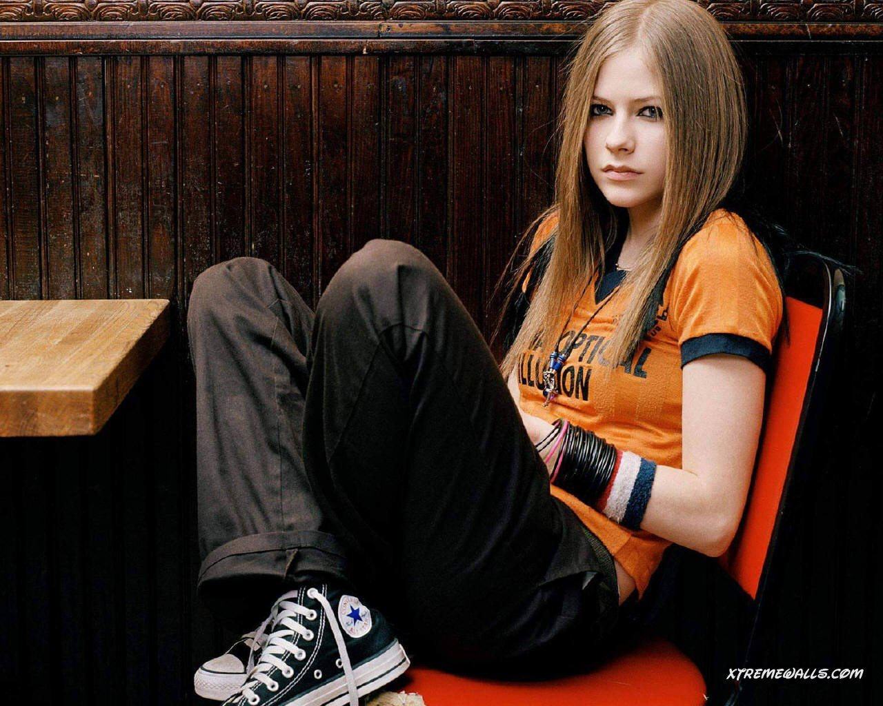 http://shoesbrend.ru/images/upload/avril-lavigne-078-06.jpg