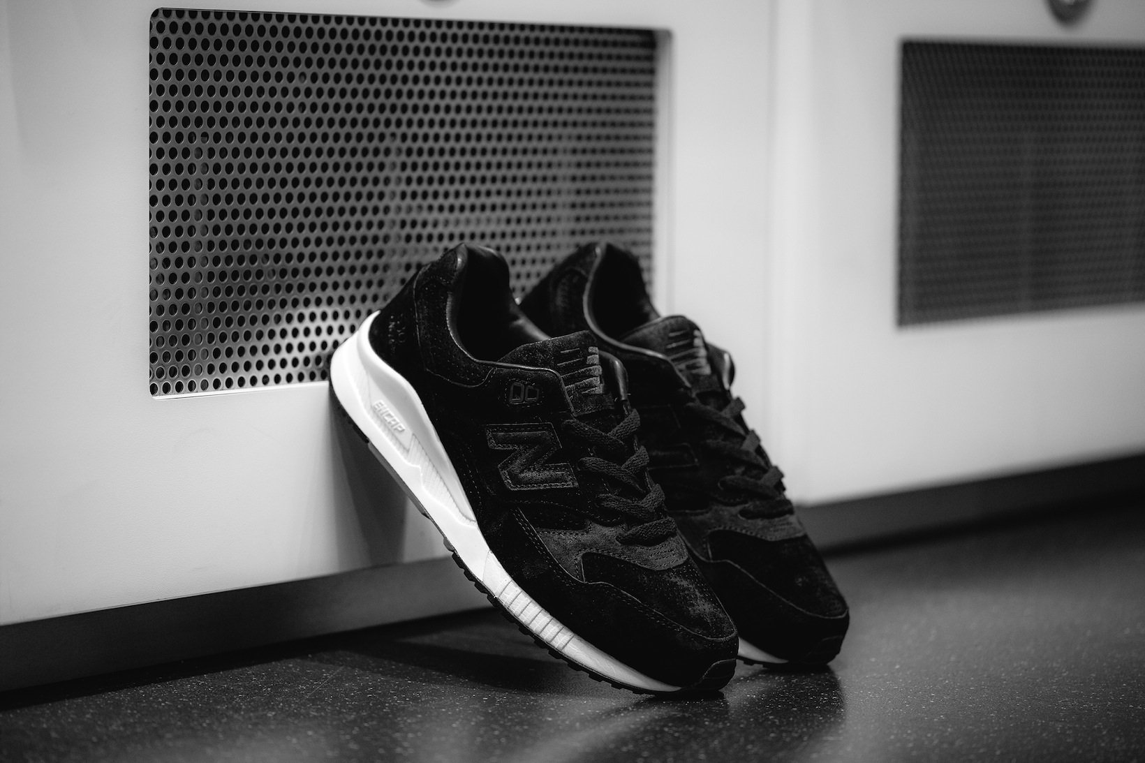 http://shoesbrend.ru/images/upload/new-balance-530.jpg