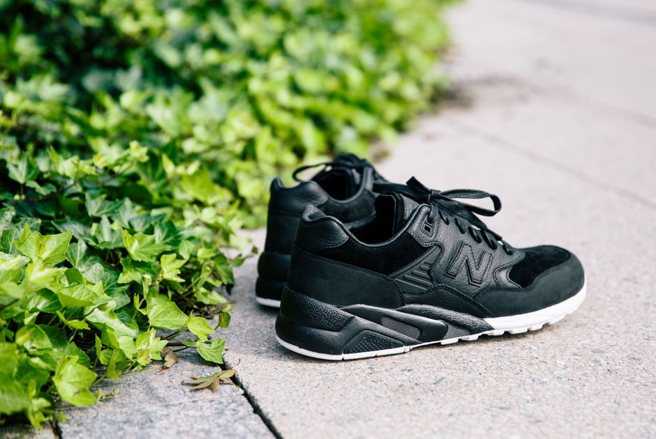 http://shoesbrend.ru/images/upload/wings-horns-new-balance-580-release-date-01.jpg